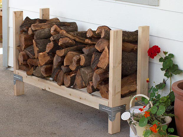 super-easy-diy-firewood-racks-1